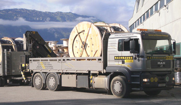 Transport Rachbauer Kran Salzburg Kabelrolle auf Lkw